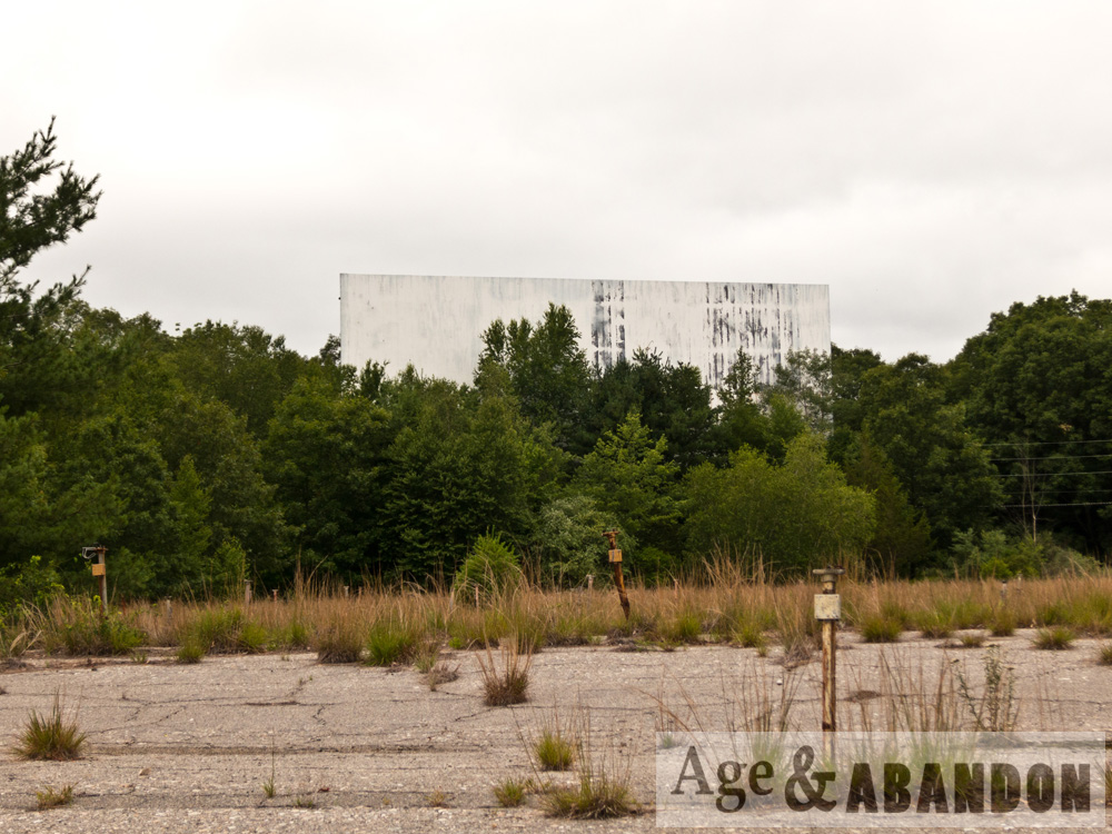 abandoned drive in movie theater uncasville ct age abandon. Black Bedroom Furniture Sets. Home Design Ideas